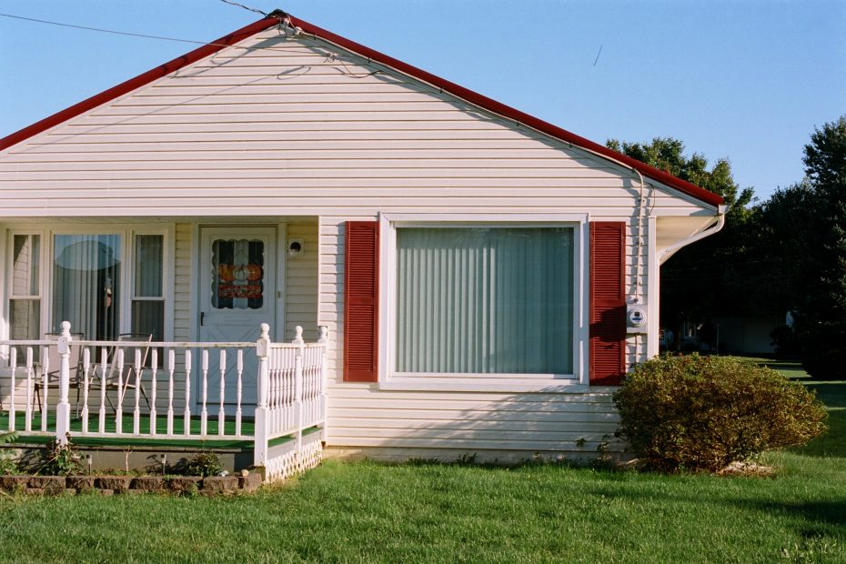 picture of plain house